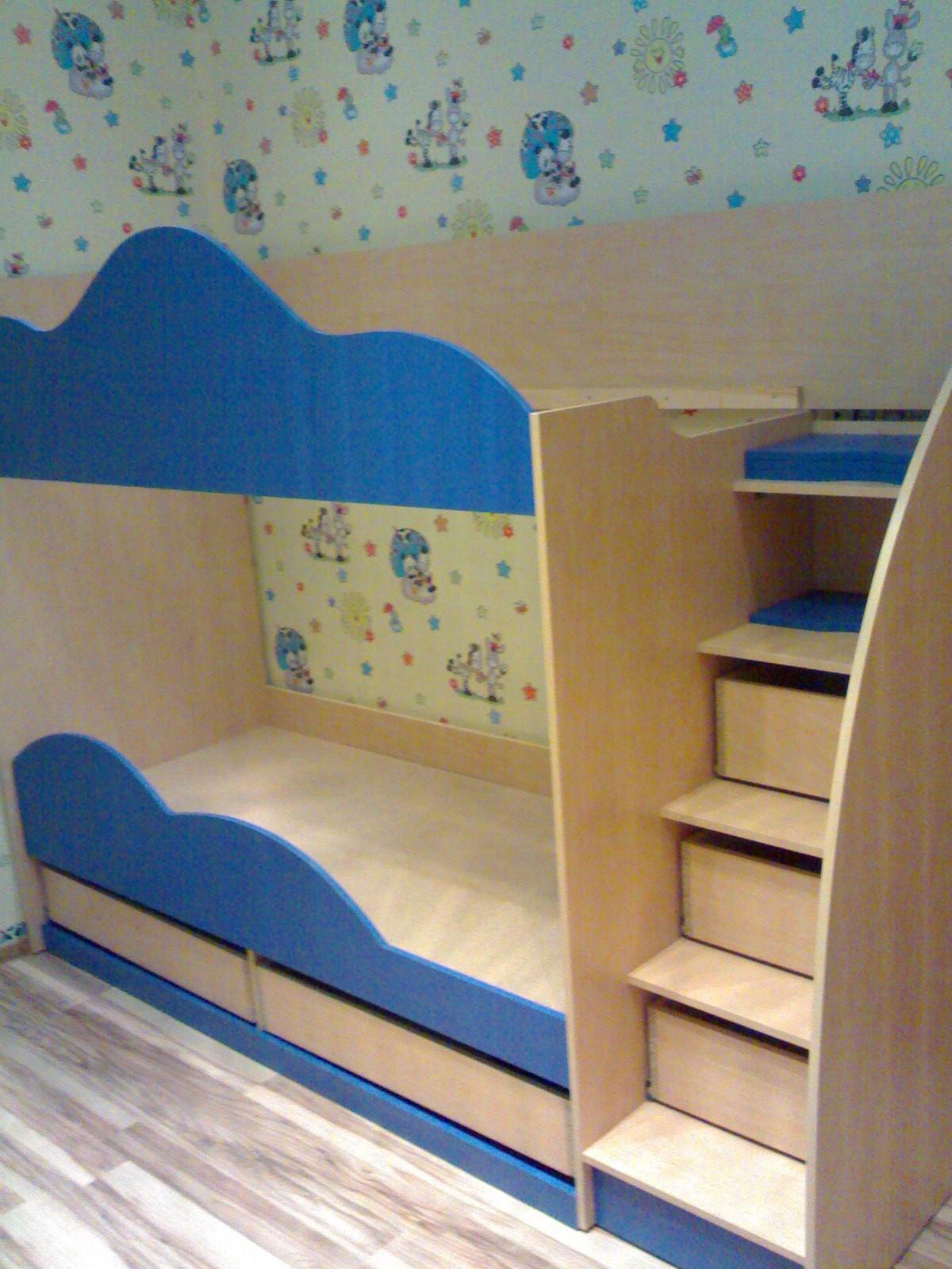 Кровать детская двухярусная
