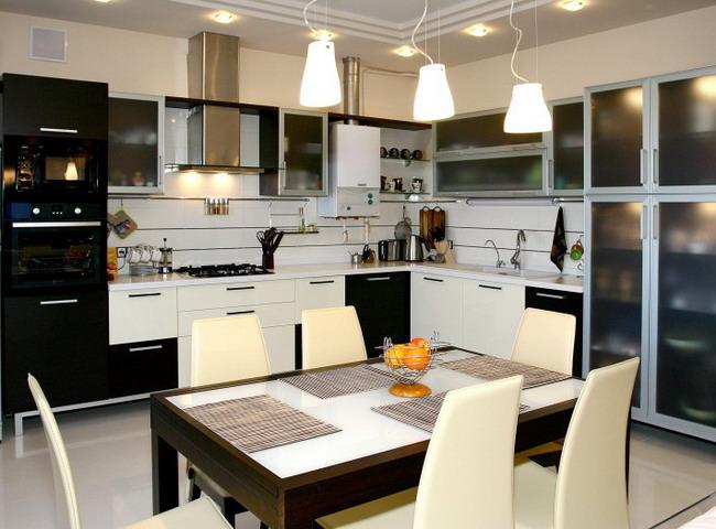 Кухонный гарнитур за 128 000 рублей