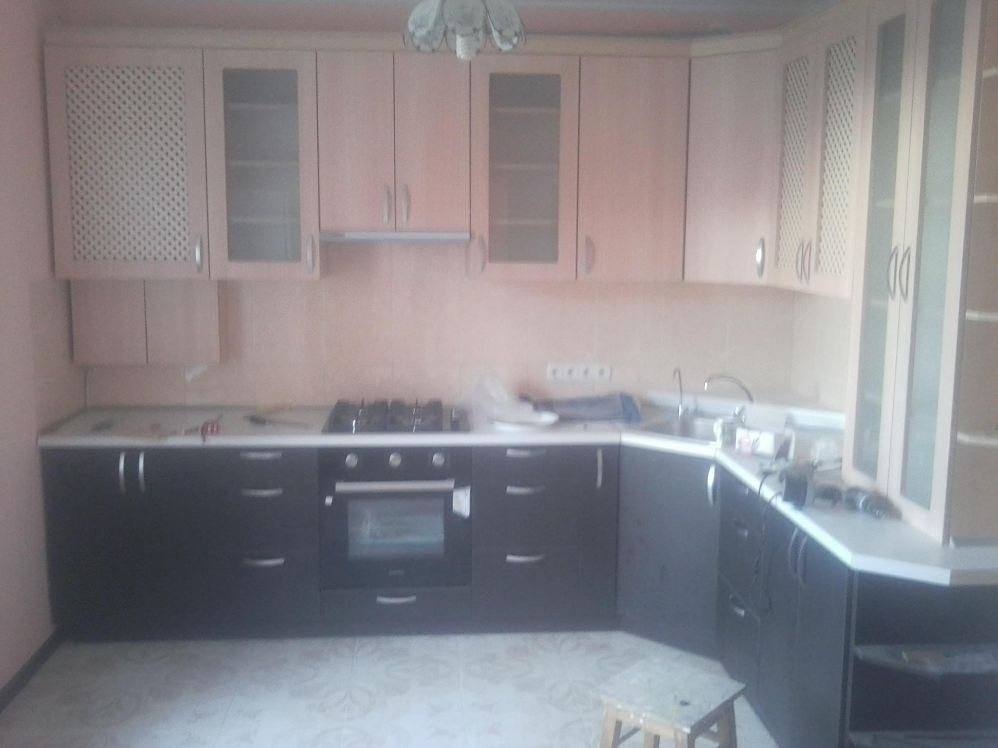 5,5 метров кухни с фасадами МДФ пластик melaton за 134 тыс. рублей