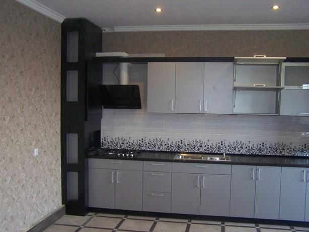 Кухонный гарнитур с фасадами из ЛДСП