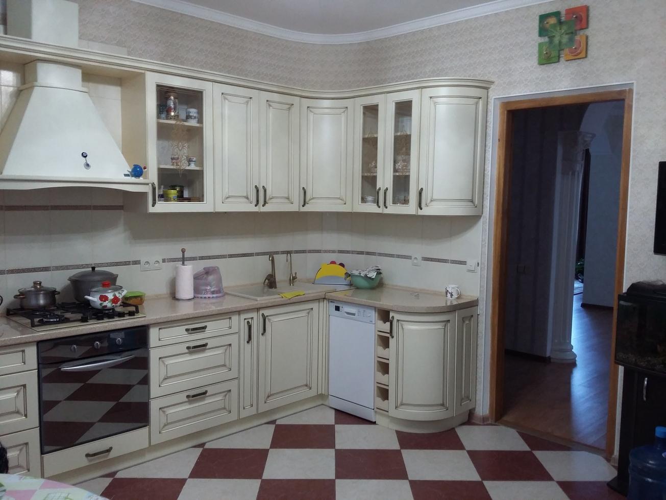 Кухонный гарнитур — МДФ крашеный, патинированный