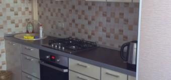 Кухонный гарнитур — МДФ пластик в алюминии