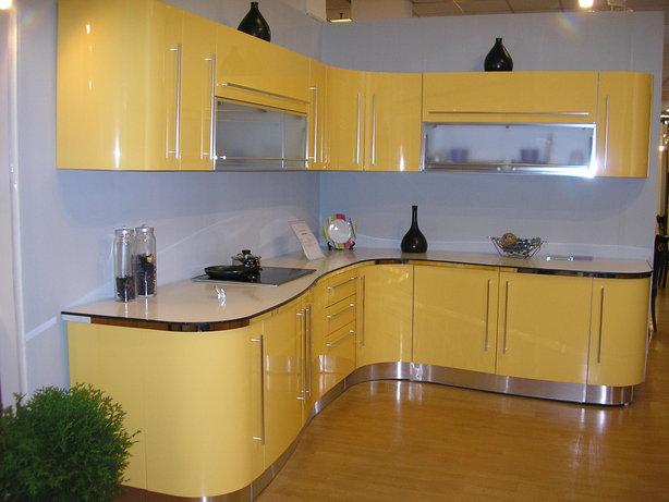 радиусная кухня в Феодосии