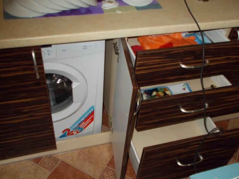 встраиваем стиральную машину в кухню